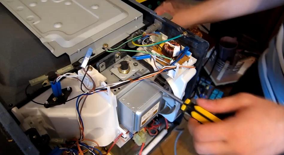 Ремонт микроволновки не греет своими руками видео